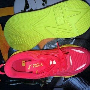 READY FOR SUMMER! 😎Puma Tennis Shoes